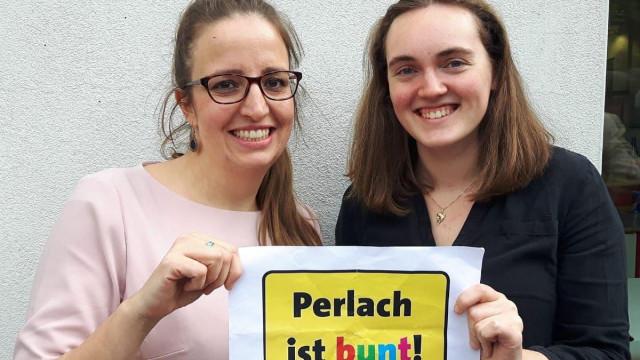 Lena Odell (Stadtratskandidatin) und Helena Schwinghammer (Vorsitzende SPD Perlach-Waldperlach)